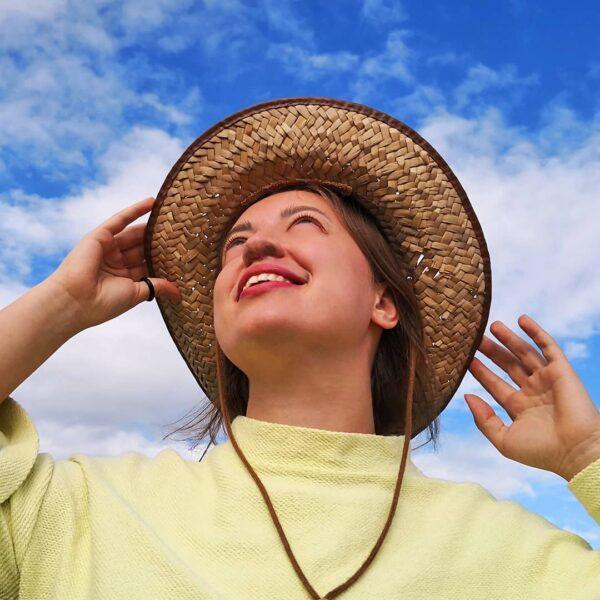 nasal screen girl wearing hat breathing no dust closeup